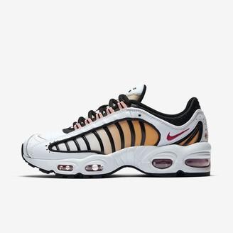 Nike Women's Shoe Tailwind IV