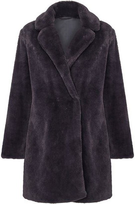 Yumi Fluffy Faux-Fur Coat