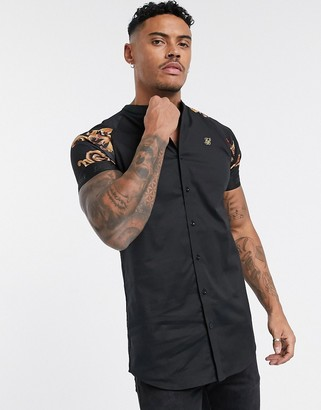 SikSilk muscle fit short sleeve shirt in black with baroque sleeves