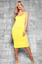 boohoo Plus Gia Plunge Front Strap Detail Midi Dress