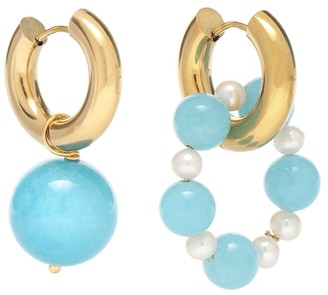 Timeless Pearly Mismatched 24kt gold-plated hoop earrings with faux pearls