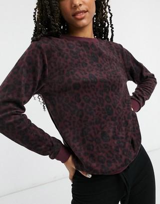 Hunkemoller micro fleece leopard printed lounge top in wine red