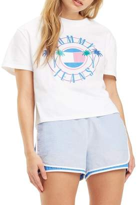 Tommy Jeans Summer Circle Logo Graphic Crop Tee