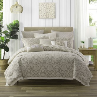 Company Ellen Tracy Ellen Tracy Chandler Comforter Set with Coordinating Pillows