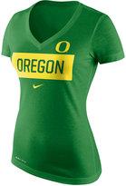 Nike Women's Oregon Ducks Dri Blend Tailgate V-Neck T-Shirt
