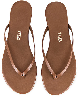 TKEES Foundations Shimmer Flip Flop