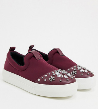 Simply Be wide fit studded plimsolls in burgundy