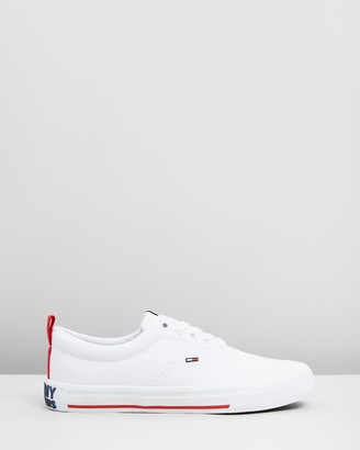 Tommy Hilfiger Low-Cut Essential Sneakers