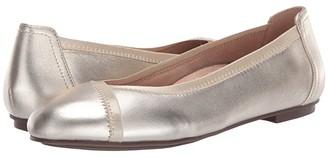 Vionic Caroll Metallic (Champagne) Women's Shoes