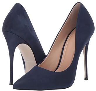Massimo Matteo Pointy Toe Pump 17 (Azul Patent) Women's Shoes
