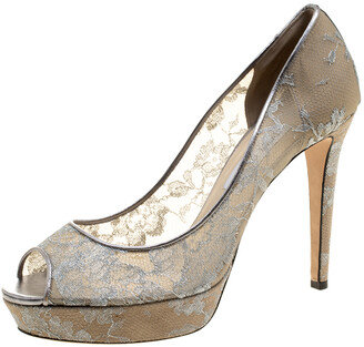 Jimmy Choo Metallic Silver Lace Dahlia Peep Toe Platform Pumps Size 41