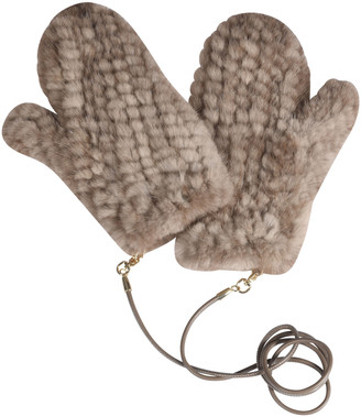 Max Mara Quilted Attachable Mittens