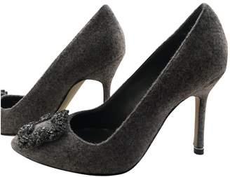 Manolo Blahnik Hangisi Grey Tweed Heels