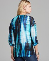 Vince Camuto Two by Colorful Streaks Tunic