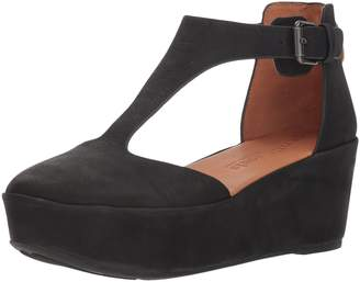 Gentle Souls by Kenneth Cole Women's Nydia Platform Wedge with T-Strap Shoe