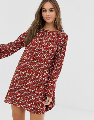 Pieces flared sleeve mini shift dress in paisley print