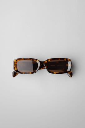 Weekday Cruise Squared Sunglasses - Beige