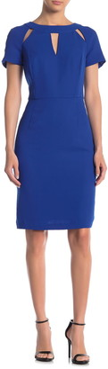 Focus By Shani Keyhole Short Sleeve Crepe Sheath Dress
