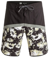 Quiksilver Crypt Scallop Boardshorts