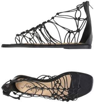 Free People Toe post sandal