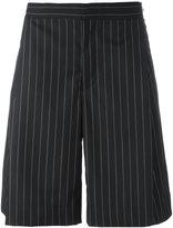 Juun.J wide pin stripe shorts - men - Polyester/Cupro/Wool - 44
