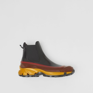 Burberry Contrast Sole Leather Chelsea Boots