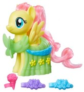 My Little Pony Runway Fashions Set with Fluttershy figure