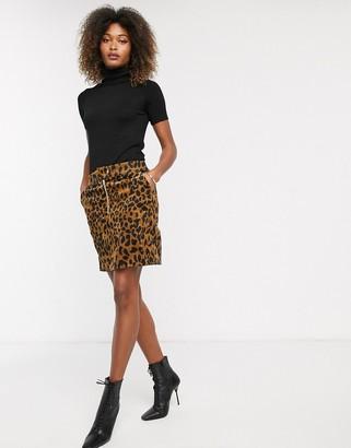 Vero Moda corduroy skirt-Black