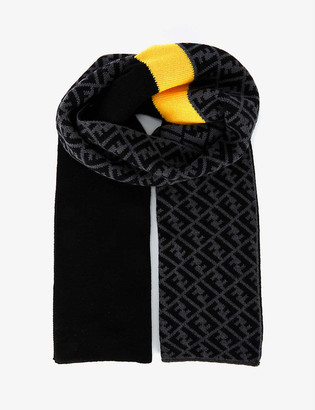 Fendi Branded wool scarf