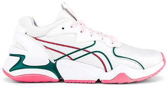 Puma Nova Hypertech Sneaker