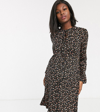 New Look Maternity floral print dress in multi-Black