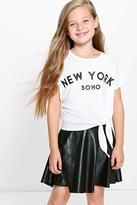 Boohoo Girls Knot Front Soho Crop Tee