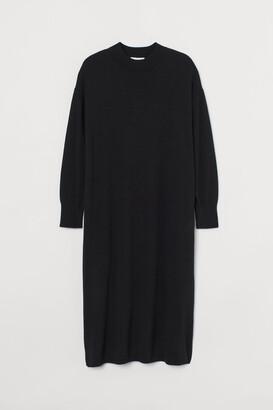 H&M Fine-knit dress