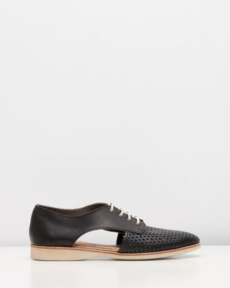Roolee Sidecut Punch Shoes
