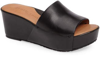 Kenneth Cole Gentle Souls by Forella Slide Sandal