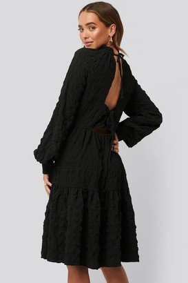 NA-KD Structured Open Back Dress