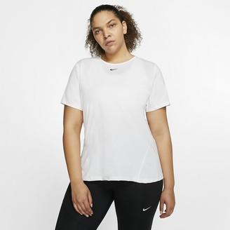 Nike Women's Mesh Top (Plus Size Pro
