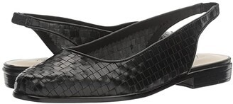 Trotters Lucy (Black) Women's Shoes