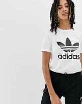 adidas trefoil logo t-shirt in white
