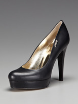 Gianfranco Ferre Leather Pump