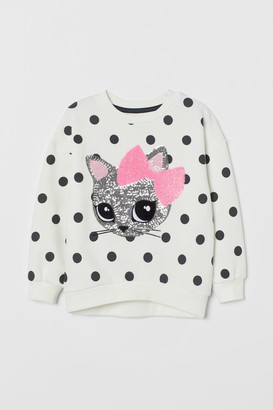 H&M Sweatshirt with a decoration
