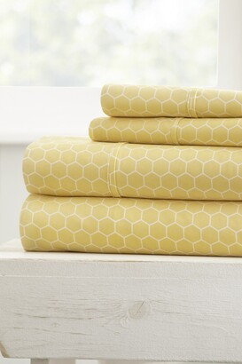 IENJOY HOME Home Spun Ultra Soft Honeycomb Pattern 4-Piece Full Bed Sheet Set - Yellow
