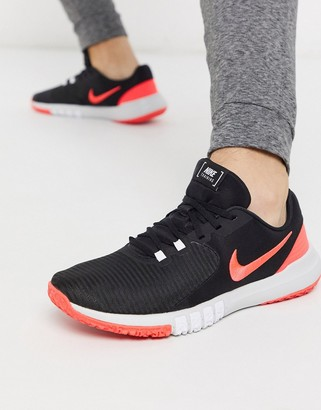 Nike Training Flex Control TR4 trainers in black and pink