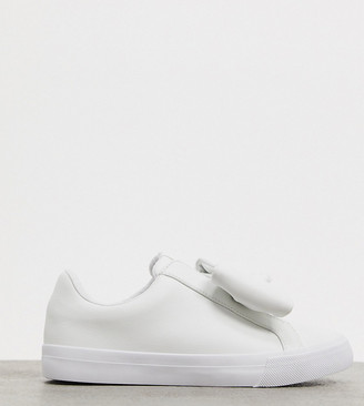ASOS DESIGN Wide Fit Dekker bow slip on trainers in white