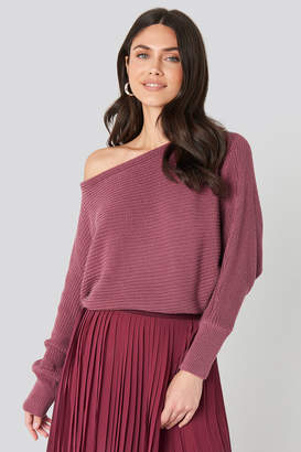 NA-KD Off Shoulder Knitted Sweater Beige