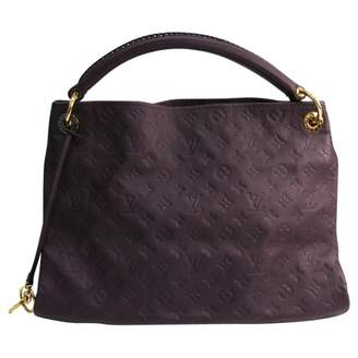 Louis Vuitton Artsy Burgundy Leather Handbags