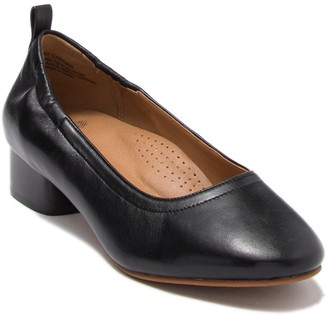 Susina Onica Leather Pump