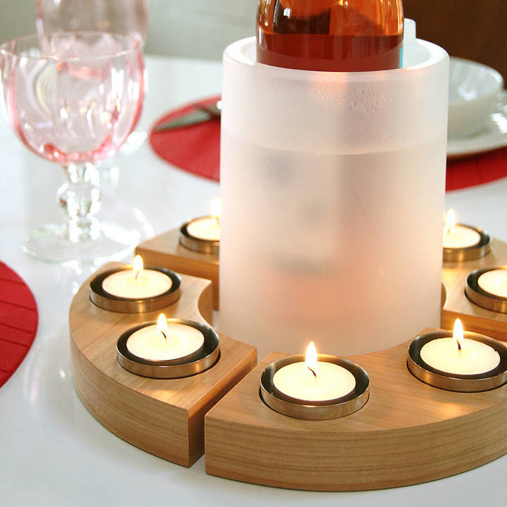 Red Lilly Set of Four Curved Tea Lights
