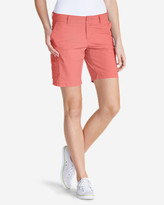 """Eddie Bauer Women's Slightly Curvy Adventurer® Ripstop 8"""" Cargo Shorts"""