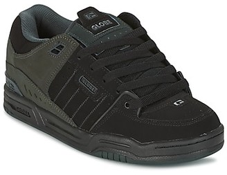 Globe FUSION men's Shoes (Trainers) in Black